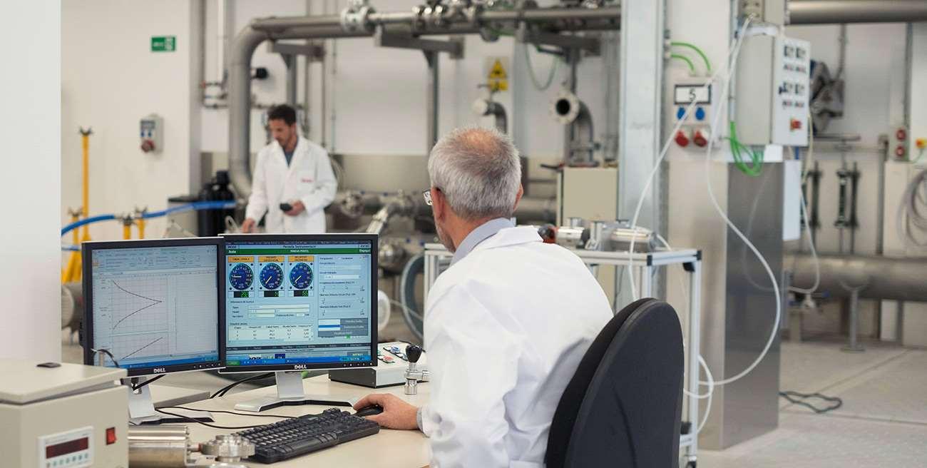 Innovación. <br>Nuestro compromiso es lograr los mejores avances tecnológicos